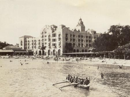 Royal Hawaiian Hotel, Waikiki Beach, Hawaii
