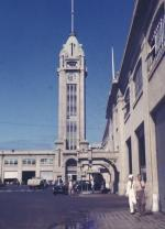 Aloha Tower, Clock at 6:43 in 1941 in Color