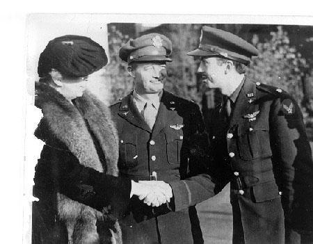 Eleanor Roosevelt With Pilots